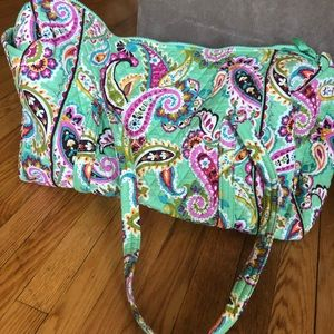 NWOT large Vera Bradley duffel bag in Tutti Fruiti